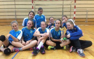 Občinsko prvenstvo v ROKOMETU za mlajše deklice – 1. mesto